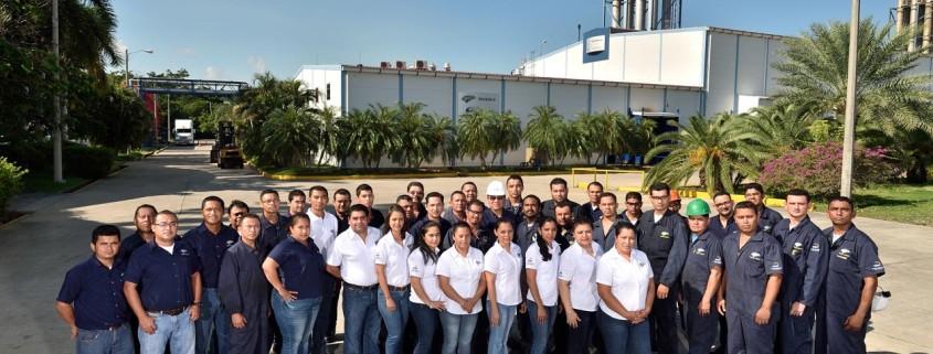 Luz y Fuerza de San Lorenzo le ha otorgado a los hondureños