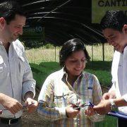 "Entrega de árboles al programa ""Honduras siembra vida"""